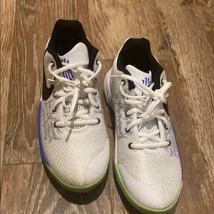 Basketball Shoes (PERFECT CONDITION)